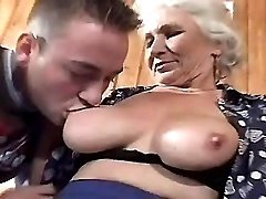 Elder mature does blowjob and fucks